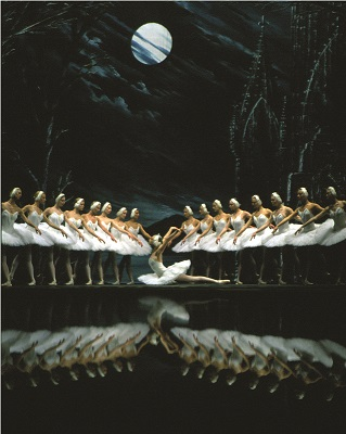The St Petersburg Ballet in Swan Lake Act II with Irina Kolesnikova dancing Odette.