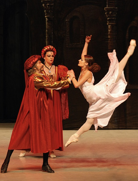 Anna Ivanova in Romeo and Juliet.