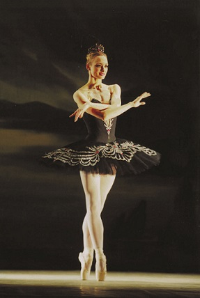 Irina Kolesnikova as Odile from Act III.