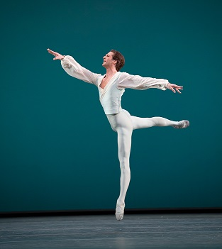 Nehemia Kish of The Royal Ballet will perform as Prince Florimund in Cape Town.