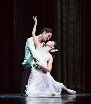 Jesse Milligan and Tracy Li in Cape Town City Ballet's recent production of Camille.