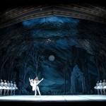 Anna Samostrelova rehearsing Act II with Dmitri Akulinin.