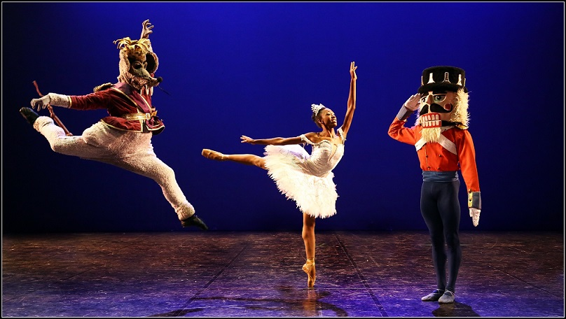 Claudia Monja with the Nutcracker Prince and the Rat King in Joburg Ballet's The Nutcracker.
