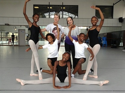 Joburg Ballet Cuban School pupils pose after a lesson with Dr Ramona de Saa and Elena Cangas from Havana.