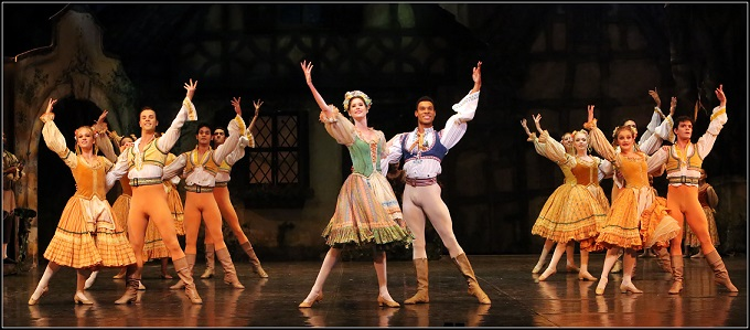 Joburg Ballet invites young dancers to audition for their upcoming productions. Photo by Bill Zurich (from Coppélia)