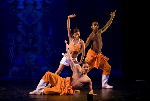 Ballet dancers can jump, but can they stomp? Joburg Ballet's gum boot dancers show us how. Photo by Susanne Holbaek